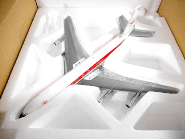 BBOX 1/200 TWA B707-300 NI8703