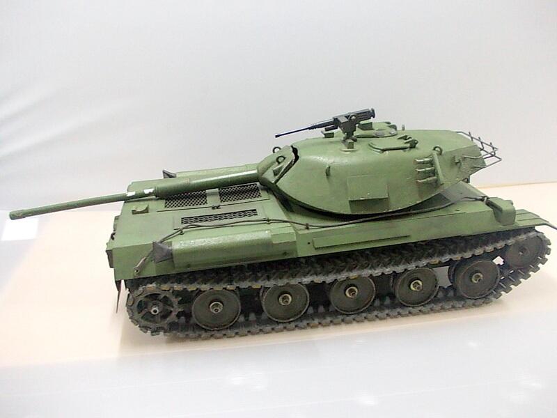 三共製作所 陸上自衛隊74式主力戦車 JSDGF Type74 重くてずしりとした金属製がいい!