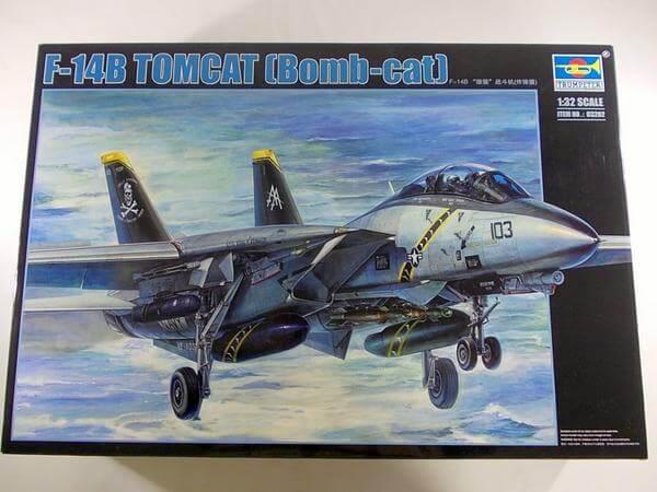 トランペッター 1/32 F-14B トムキャット 03202