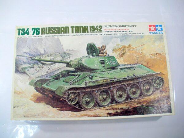 タミヤ1/35【T34/76戦車1942年型】MT244 リモコン 小鹿貼箱