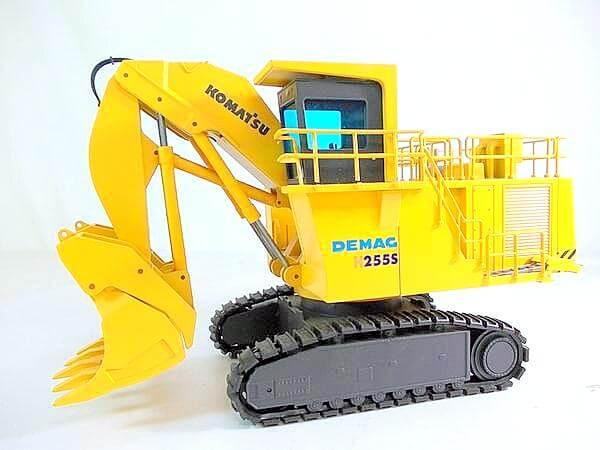 NZGといえば建設機械ミニカー。重厚感溢れる完成度でファンが多いブランドです。