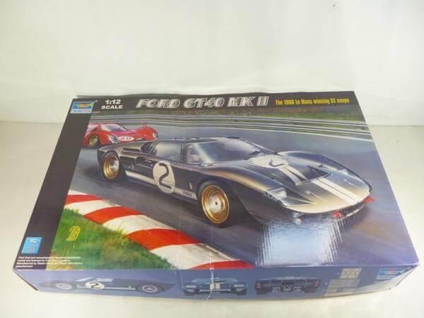 トランペッター 1/12 フォード GT40 MkⅡ 05403 プラモ★N150