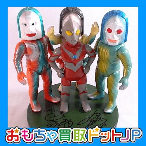 人気キャラクター紹介№2 昭和・平成・令和のヒーロー『ウルトラマンシリーズ』